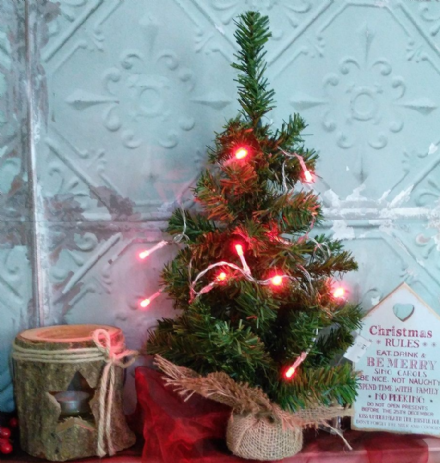 50% OFF Pretty Table Top Christmas Tree With Hessian Sack